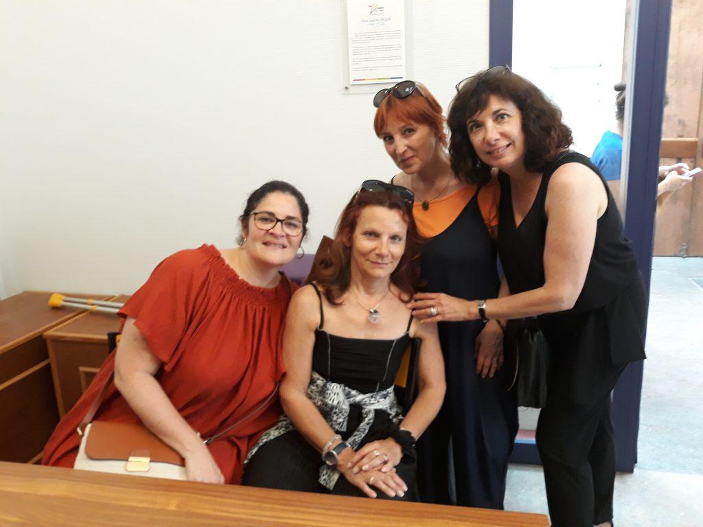 Hinda, Frédérique, Karine et Patty Canac, prof. à la FLMNE